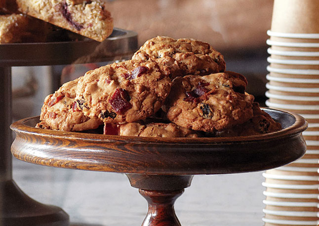 oatmeal and raisin cookies | Gunsmoke and Knitting