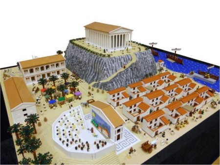 Ancient-Greek-town-made-by-Lego-2-640x480