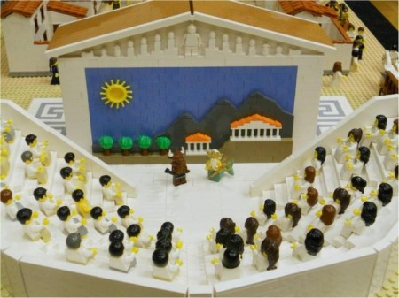 Ancient-Greek-town-made-by-Lego-6-640x480