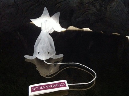 gold-fish-tea-bag-charm-villa-4
