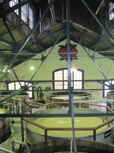 4 roses fermentation room