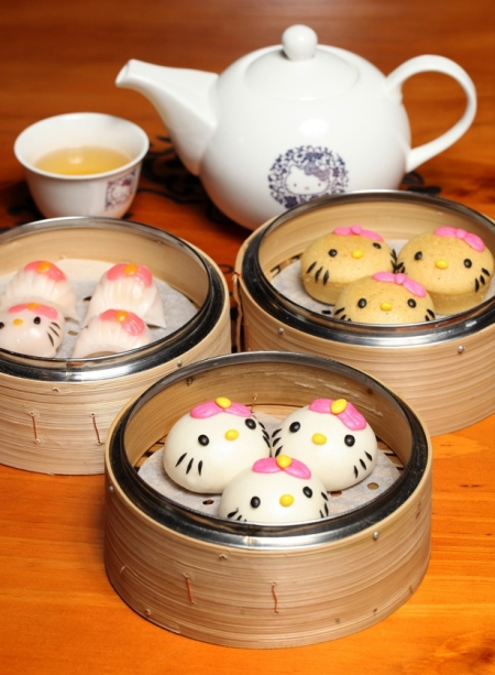 Hello-Kitty-Dim-Sum-04202015