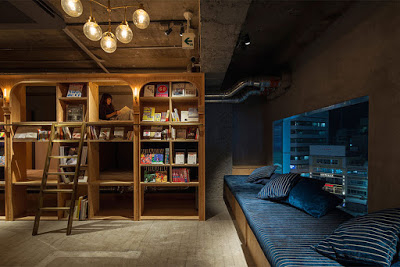hostel library-hotel-book-bed-tokyo-8