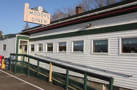 Moodys-Diner,-Waldoboro,-Me.-2